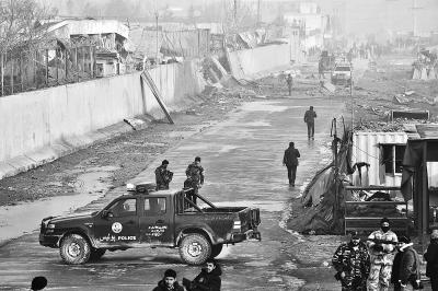 阿富汗首都爆炸袭击致4死113伤