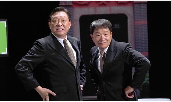 """独脚戏《石库门的笑声》去年是申城曲艺舞台的一匹""""黑马"""",三轮演出一票难求,创下近年来独角戏口碑票房齐飞的好成绩。"""