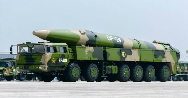 图为中国东风-26弹道导弹
