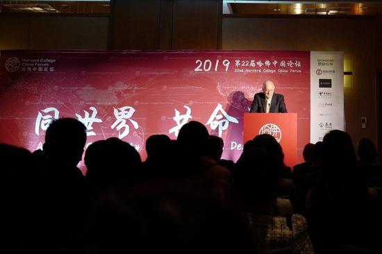 """哈佛中国论坛热议""""996"""":中美创业文化最大不同在哪?"""