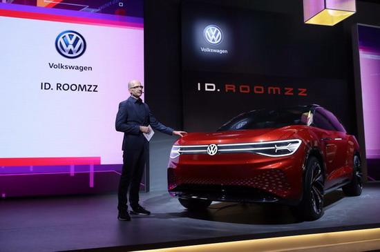 大众计划2028年前生产2200万辆电动车 一半以上来自中国