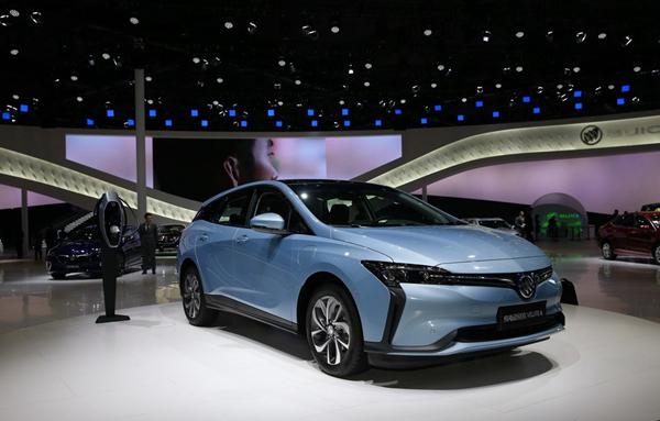 新能源汽车迎变革:合资自主争市场,新势力们难存活