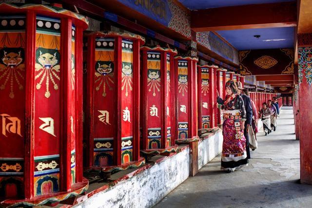 甘南藏族自治州夏河县文化旅游推介会在郑州市成功举办