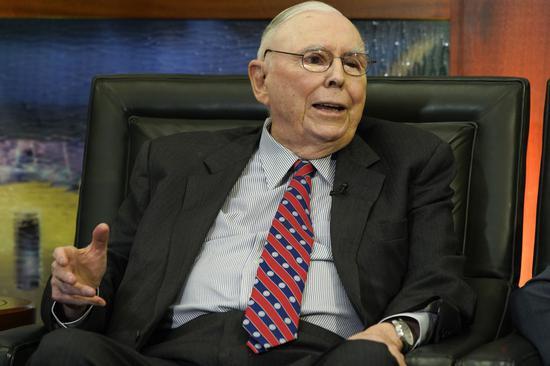 芒格力挺富国前任CEO:我本想留下他但没人问我的意见