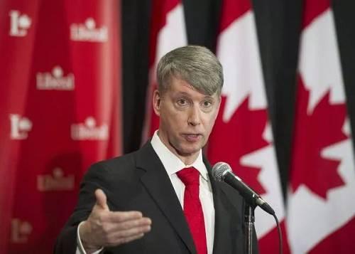 安德鲁·莱斯利(加拿大《环球邮报》网站)