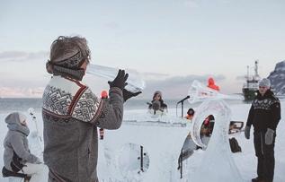 北极冰乐器演奏警示全球变暖