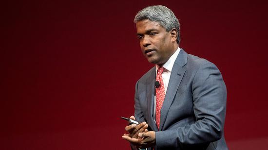 新浪美股讯 周四,Alphabet旗下的谷歌宣布了该公司历史上第四大收购计划,批准斥资26亿美元现金收购数据分析柔件初创企业Looker。