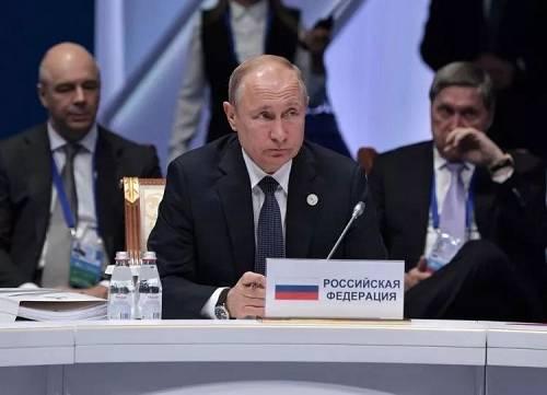 评价俄美有关,普京说了4个字