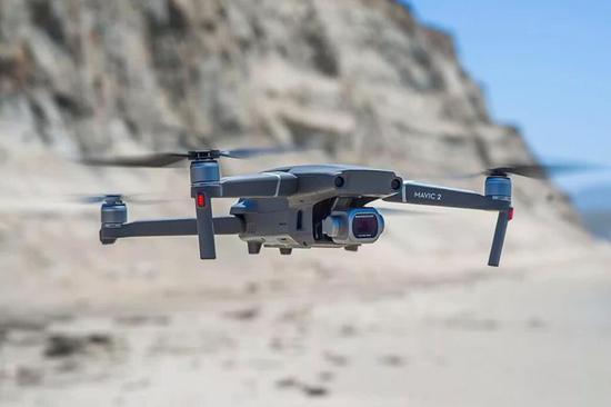 大疆无人机不断在飞行控制和成像质量上大做文章,成为世界霸主