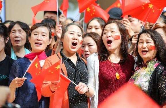 欢庆新中国成立70周年 全国295座万达广场同唱《我和我的祖国》