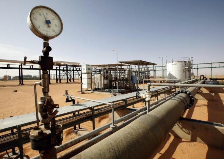10月OPEC原油产量料从八年低点反弹因沙特迅速恢复生产