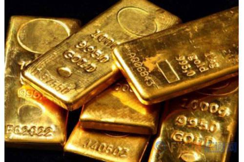 最近,美聯儲宣布降息25個基點,這是今年美聯儲的第三次降息。 本來市場估計美聯儲連續加息後,國際金價會繼續走高,但實際上,美元指數小幅下跌,而黃金價格只是微幅上漲。 遠不及市場預期那樣。 現在多數觀點認為,黃金在短期內未必會大漲,但長期肯定是會走出牛市行情,有人甚至還把黃金行情的頂部定格在2500美元/盎司,未來還有較大上升空間。