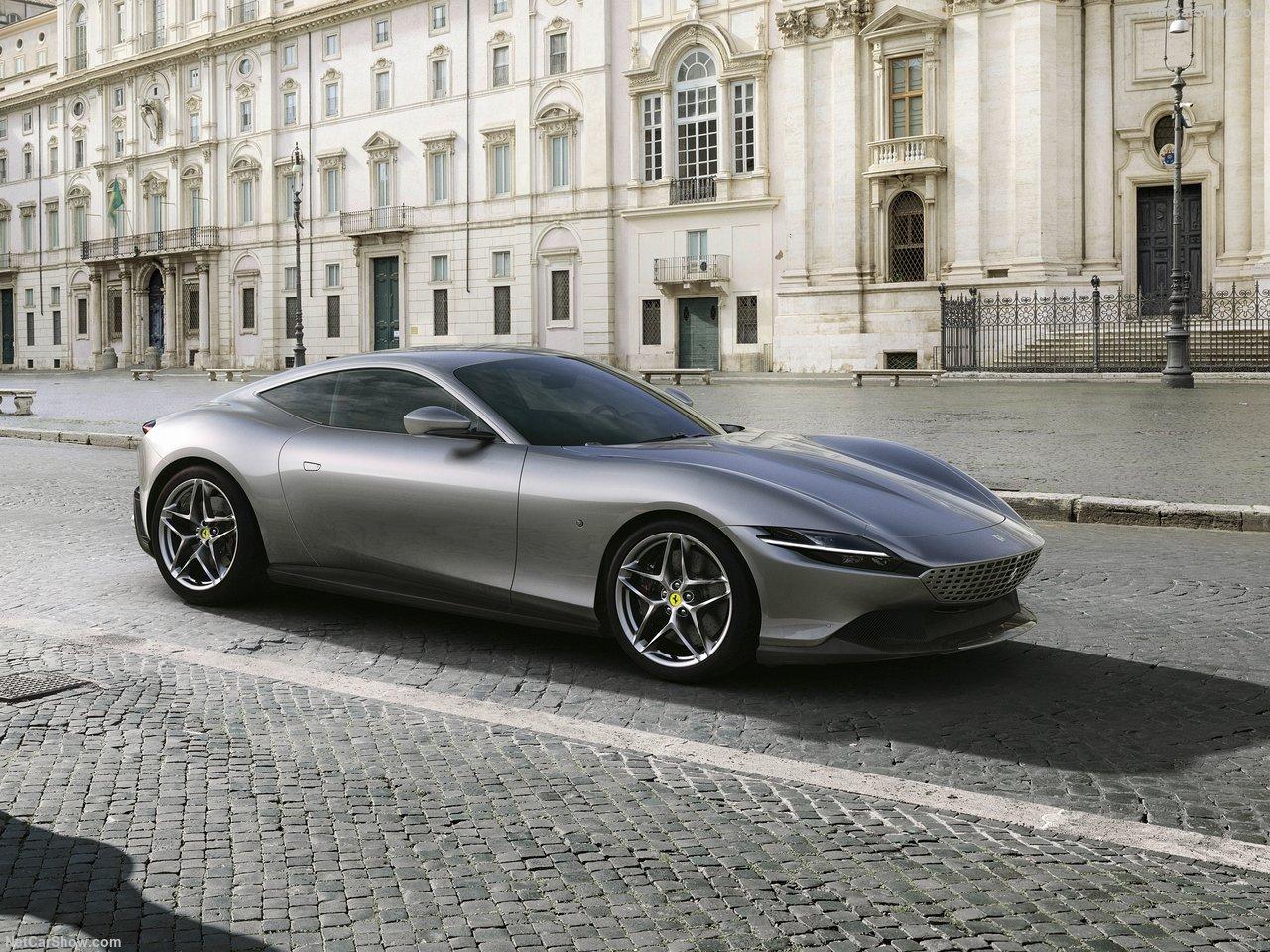 最��GT跑�!�D文�解全新法拉利Roma�型