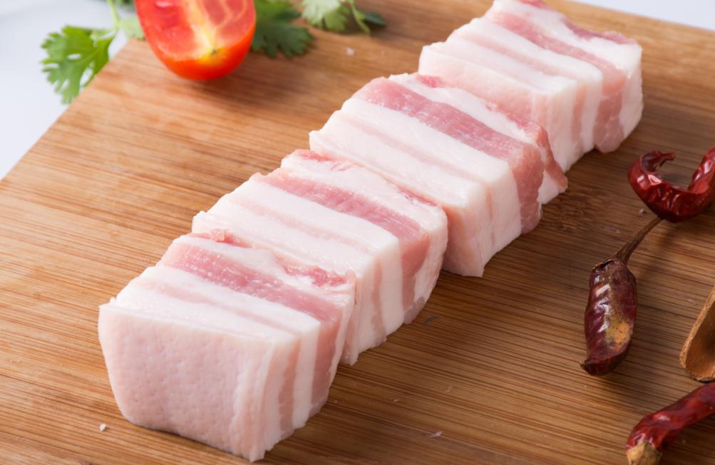 此外,进口肉类也在肯定程度上安详了市场预期。同样是在11月14日,海关总署和农业乡下部说相符发布公告,消弭美国禽肉进口限定。