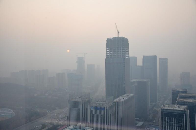近期省城忙升温,明起冷空气来驱霾