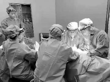 46岁女HIV感染者髌骨骨折辗转多家医院终手术成功