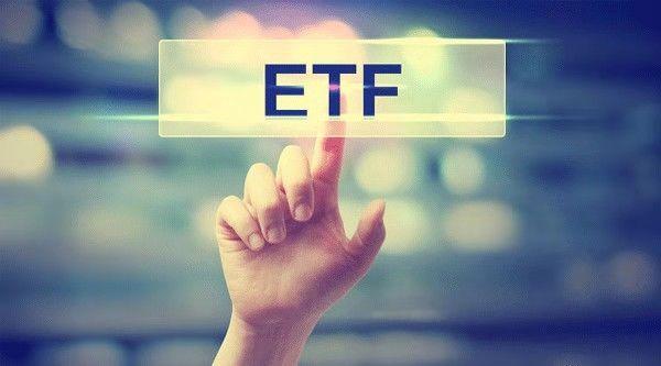 ETF市场迎来爆发期,曾是美股长期繁荣依仗!巴菲特忠告妻子:我死后,请一定购买指数基金