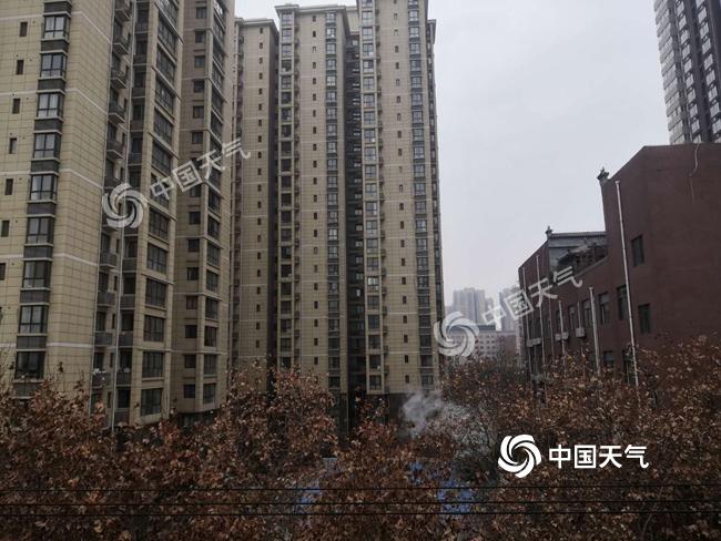 """今明两天陕西各地再陷""""霾伏"""" 4日夜间起大范围雨雪来袭"""