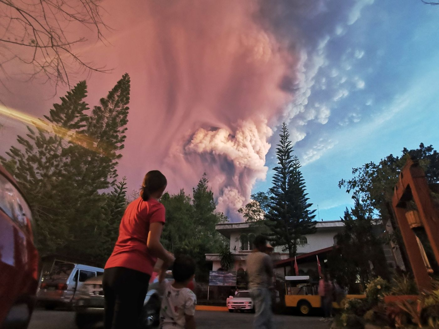流年不利菲律宾:火山喷发、亚洲最惨股市、货币遭看空