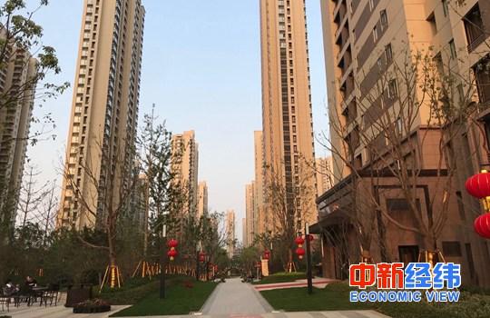 """在网上赚钱的方法:北京土拍热背后5000亿到期债高悬,房企""""两手""""抓钱自救"""