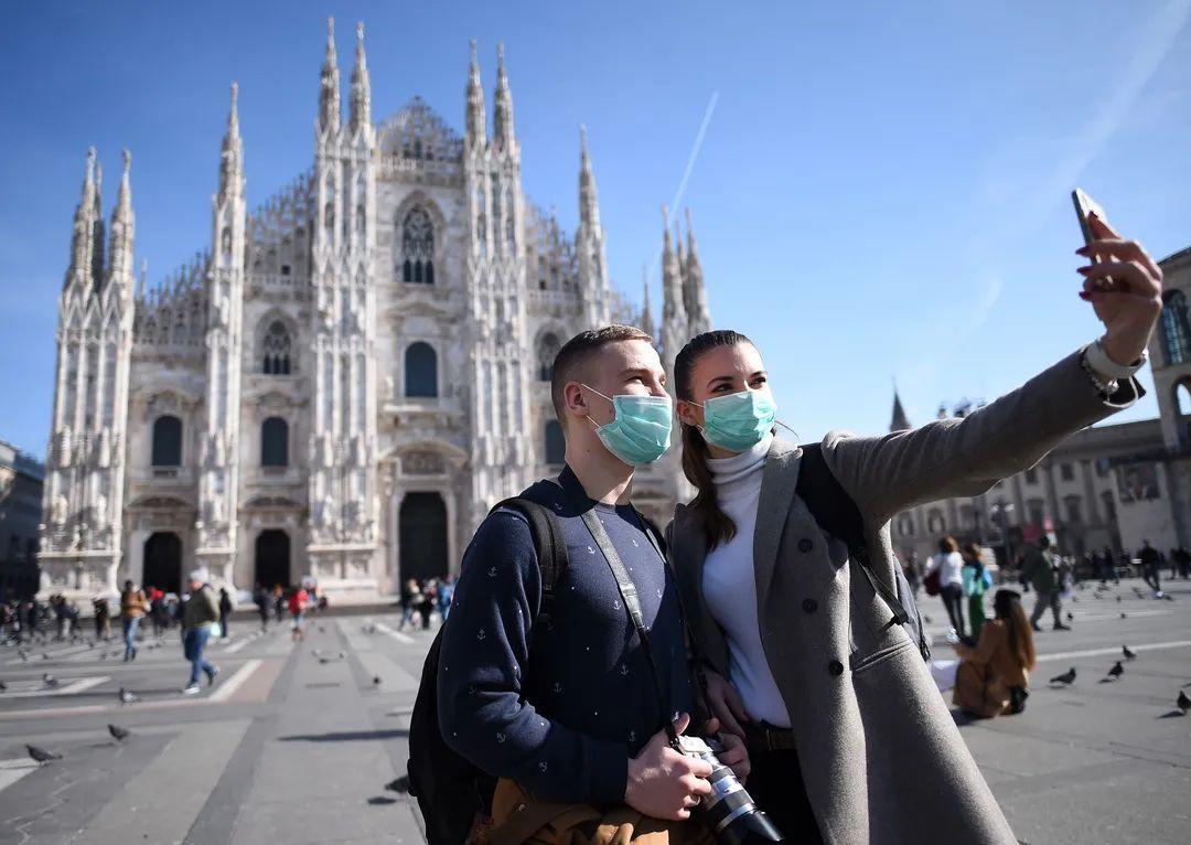 意大利是新冠肺炎疫情在中国爆发后首个宣布进入全国紧急状态并停飞与中国之间航班的欧盟成员国。-新华社