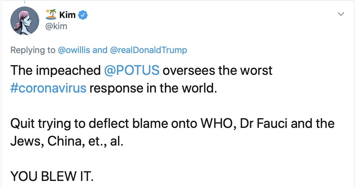 还有网民认为,面对疫情在全球蔓延的局面,各国都在与疫情搏斗,特朗普此举毫偶然义。