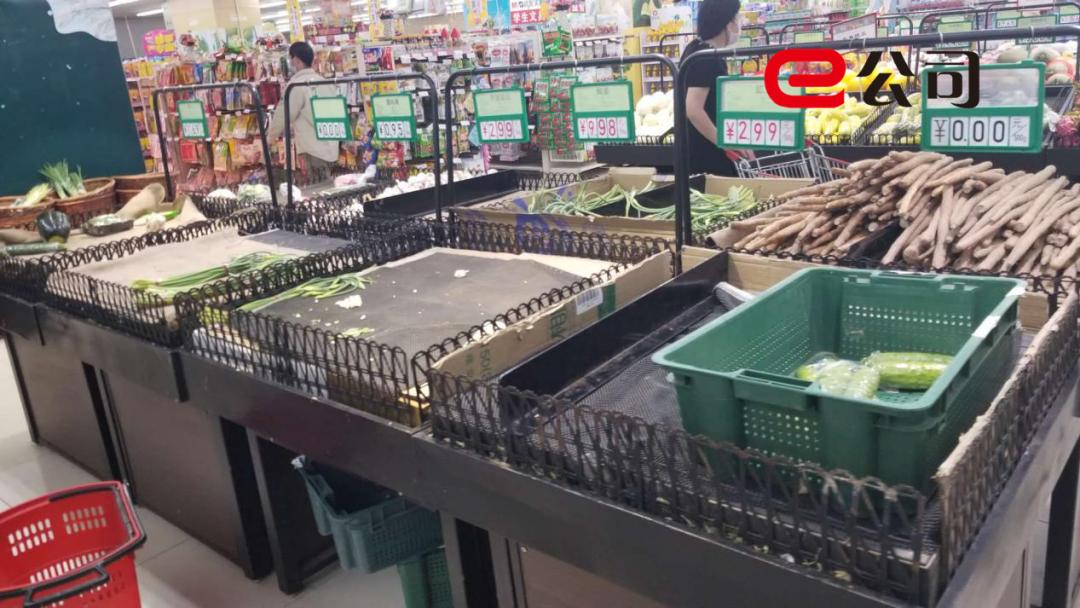 """直击漩涡中的北京丰台!新发地周边""""休克"""" ,蔬菜价格波动,部分商超加倍供应!这些A股公司影响几何?"""