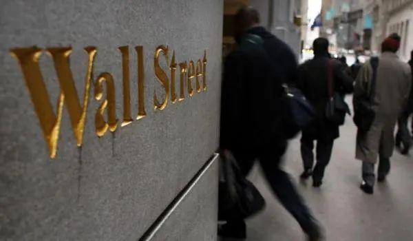 下半年美股的三种预期情景 | 巴伦封面