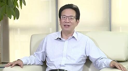中国银行业协会党委书记、专职副会长潘光伟致辞(远程)