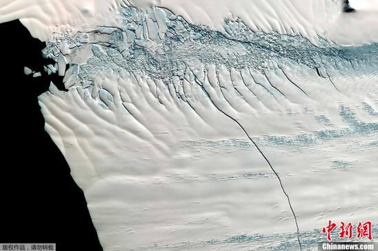 """南极""""末日冰川""""融化速度惊人令人困惑 元凶是谁?"""