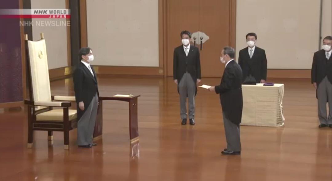 新内阁中一半是安倍老臣,日本新首相菅义伟有何考虑?