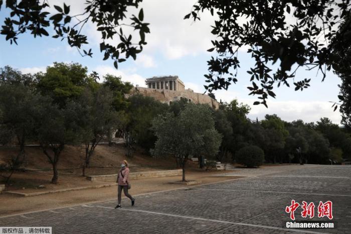 希腊新增1747例新冠病例 民调:逾5成民众愿接种疫苗