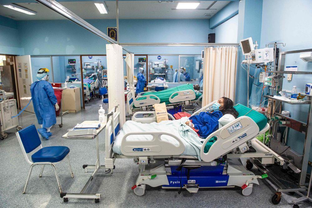 世卫专家:全球疫情形势仍不稳定 抗疫还需综合施策