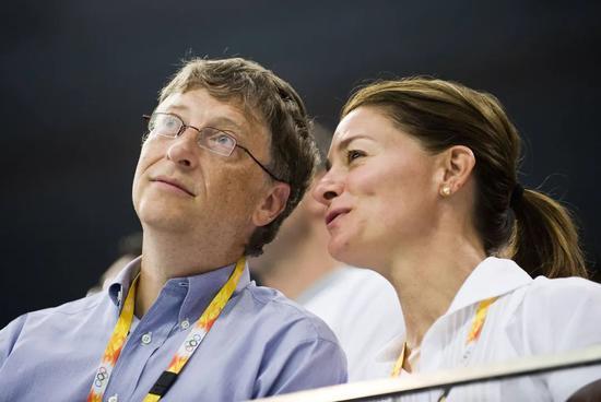 """比尔・盖茨与妻子宣布离婚,27年婚姻破裂,首富们的""""分手费""""你根本无法想象"""