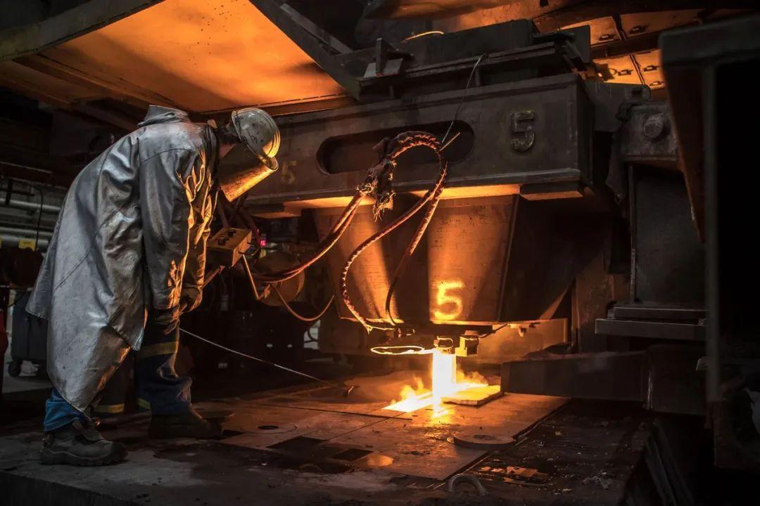 钢价猛涨,别错过这10只便宜钢铁股