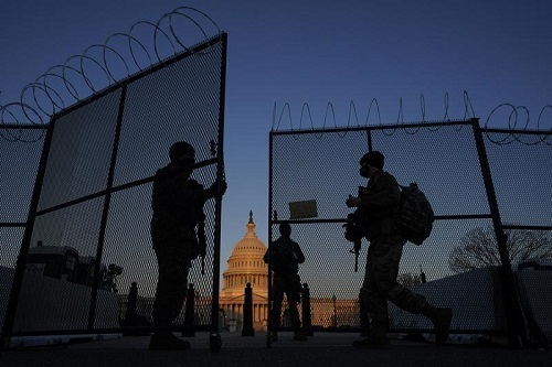 美联社:美军国民警卫队撤离国会大厦 五月前参加平息特朗普粉丝暴乱