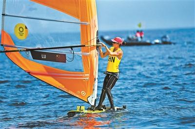 卢云秀为中国帆板13年后再摘金