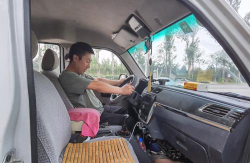 团油:奋斗在路上,八零后货车司机的昼与夜