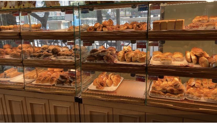 国营面包店式微,千亿烘焙市场谁说了算?