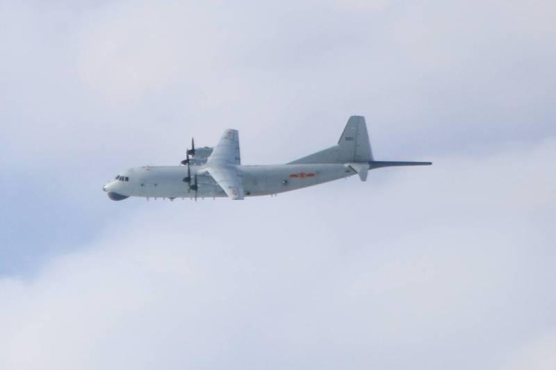 绿媒炒作解放军军机今早三度进入台湾西南空域,附近再次出现美军机