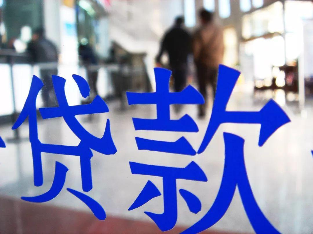 富宁经济总量突破百亿_云南富宁瑶族服装图片